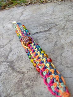 Rainbow Hemp Bracelet - I really want to learn how to do this. I wish I just had this!