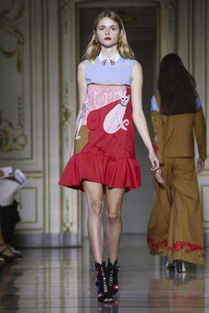 Vivetta Ready To Wear Spring Summer 2016 Milan Live Fashion, 70s Fashion, Runway Fashion, Fashion Show, Fashion Design, Little Red Dress, Vivetta, Spring Summer 2016, Ready To Wear