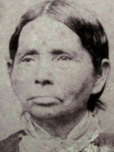 My Great-Great Grandmother Annie Fields Ballard pictured here in the was a survivor of the Trail of Tears. She is the mother of Susie Ballard. Susie Ballard was full blooded Cherokee but only registered as so that she could own land. Cherokee History, Native American Cherokee, Cherokee Nation, Native American Photos, Native American Women, Native American History, Native American Indians, Cherokee Indians, American Art