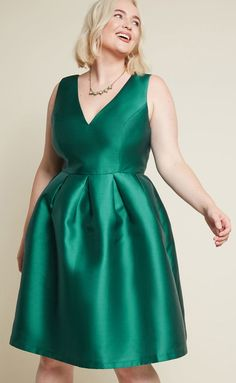 e86e473507 Fit and Flare Dress in Green Plus Size - This emerald green fit and flare  cocktail