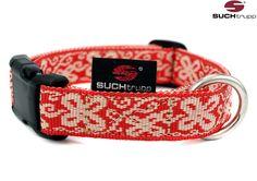 Das Halsband HAPPY in red-white  von SUCHtrupp im fröhlichen rot-weissen Design ist nicht nur schick, sondern auch extrem robust und fellschonend. Fanny Pack, Belt, Accessories, Design, Fashion, Chic, Nice Asses, Hip Bag, Belts