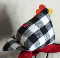 Hen Party Chick Pincushion   FREE Downloadable Pattern  Photo Tutorial                     FREE Downloadable Pattern   Photo Tutorial