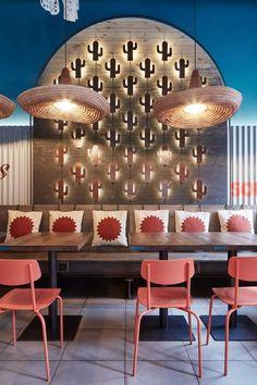 Burrito Loco, Foto:©Jakub Skokan und Martin Tůma - Das Studio Formafatal hat in Prag das Mexican Restaurant Design, Mexican Interior Design, Mexican Bar, Bar Interior, Restaurant Interior Design, Design Hotel, Mexican Restaurants, Restaurant Interiors, Hotel Restaurant