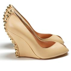 LUST. Shoes by Aruna Seth. (They are supercomfy, but unimaginably high-priced.)