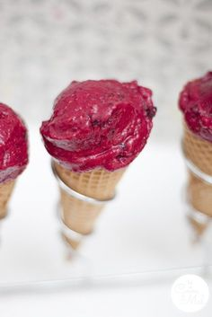 Healthy Raspberry Ice Cream in 5 Minutes - Served in Ice cream Cones