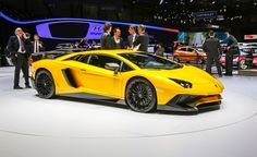 2016 Lamborghini Aventador LP750-4 Superveloce: 740 hp, 2.8 to 62 mph, Megabucks Price