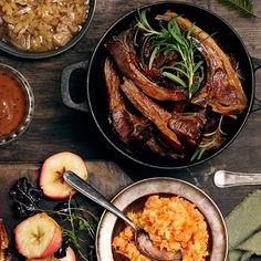 Norwegian Christmas, Norwegian Food, Dessert Recipes, Desserts, Pork, Treats, Dining, Ethnic Recipes, Kitchens