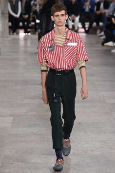 Lanvin Spring 2017 Menswear Fashion Show. Belted, straight leg crop. Boxy striped camp shirt.ho