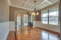 Simple hardwood floor design