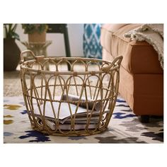 IKEA - SNIDAD, Basket, rattan, This braided basket has a unique look since each basket is handmade. You can also use the basket in damp areas such as the bathroom. The included plastic feet protect the floor against scratching. Bamboo Basket, Rattan Basket, Wicker, Grocery Basket, Table Ikea, Grands Vases, Natural Weave, Kallax, Hand Made