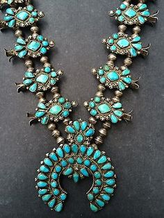 Vintage-Heard-Museum-Rare-Blue-Diamond-turquoise-Zuni-Squash-Blossom-Necklace