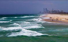 Recordando Gold Coast Australia. Un coche de alquiler muchos kilómetros poco dinero varias bolsas de ropa una tabla y sobretodo respirando libertad. Hay viajes que sabes que no vas a repetir. Al menos tal y como surgió no. Pero espero volver a protagonizar una nueva 'road movie' personal #australia #goldcoast #beach #playa #surf