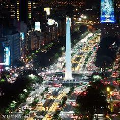 Location: Avenida 9 de Julio (the widest avenue in the world) - Buenos Aires, Argentina.  Video Credit: @ricardolapiettra www.ricardolapiettra.com