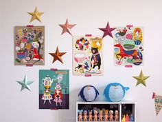 DIY : des étoiles 3D en papier plié - Purple Jumble  décoration chambre mur étoiles affiches - Helen Dardik DIY tuto