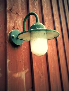 램프, 나무 벽, 랜 턴, 빛, 조명, 빈티지, 늙은, 전구, 야외 조명
