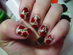 Jazz Up Your Fingertips With This Vintage Rose Nail Tutorial