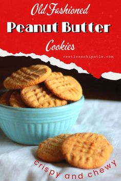 This easy peanut butter cookies recipe comes out chewy with crispy edges, just like you remember. Magic Cake Recipes, Best Cookie Recipes, Brownie Recipes, Yummy Recipes, Cooking Recipes, Easy Easter Desserts, Easy No Bake Desserts, Birthday Desserts, Chewy Peanut Butter Cookies