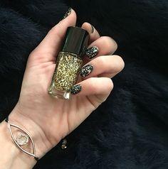 Sparking nails ✨✨  #kisterss #lancome #eljewels #knails