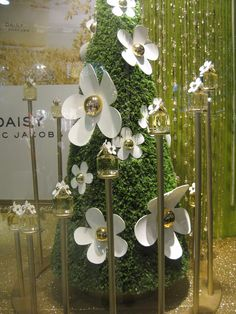 Marc Jacobs Daisy Perfume Display by Elemental Design.