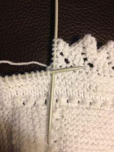 tutorial en video y con gráficos para hacer puntillas a dos agujas, knit edgings