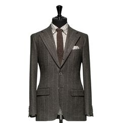 Tailored 2-Piece Suit – Fabric 4365 Stripes Brown Cloth weight: 330g Composition: 100% Wool Super 100's