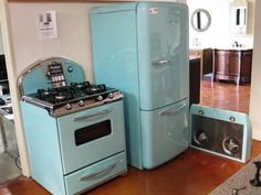 Retro 1950's Kitchen Set - Robin's Egg Blue-- Too bad the set is like $8,000. I would so get it.