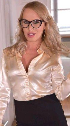 Satin Blouses, Fashion Group, Silk Satin, Pretty Woman, Cool Style, Ruffle Blouse, Cakes, Glasses, Lady