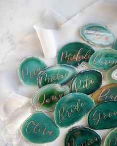 name tags wedding place cards agate slices blue agate pink agate green agate black agate – The Best Ideas Wedding Places, Wedding Place Cards, Wedding Stuff, Wedding Flowers, Wedding Tips, Wedding Details, Wedding Reception, Pink Agate, Green Agate