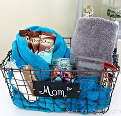 DIY Spa Gift Idea   Creative DIY Mother\'s Day Gifts Ideas   Thoughtful Homemade Gifts for Mom. Handmade Ideas from Daughter, Son, Kids, Teens   Unique, Easy, Cheap Do It Yourself Crafts To Make for Mothers Day, complete with tutorials and instructions thrillbites.com/...