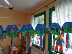 Ταξιδεύοντας στο κόσμο των νηπίων: Φεβρουάριος 2014 Kites Craft, Carnival Crafts, Spring Theme, Drake, Diy And Crafts, Projects To Try, Outdoor Decor, Blog, Kids