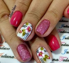 The nail designs for short nails are simple, very practical, safe and durable. Check our photo gallery with the best nail designs for short nails that are easy to make. Short Nail Designs, Fall Nail Designs, Nail Polish Designs, Cute Nails, Pretty Nails, Karma Nails, Hair And Nails, My Nails, Spring Nails