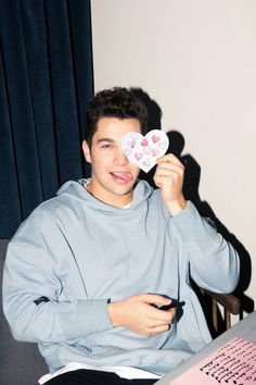 Austin Mahone for Coveteur Austin Mahone, Emo Guys, Cute Guys, Boy Celebrities, Celebs, Nick Jonas Smile, Sam Pottorff, Carter Reynolds, Brent Rivera