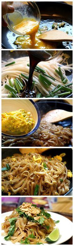 Easy Pad Thai by browniesfordinner via recipebest #Pad_Thai