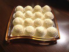 Zdravé Rafaello guľky Tiramisu, Cheesecake, Food And Drink, Low Carb, Favorite Recipes, Ethnic Recipes, Desserts, Fitness, Baby