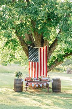 A of July Picnic with Purpose Shauna Veasey Photography Concept by Conscious American Design & Styling by J. Fourth Of July Decor, 4th Of July Celebration, 4th Of July Decorations, 4th Of July Party, Patriotic Crafts, Patriotic Party, July Crafts, Picnic Decorations, Birthday Decorations