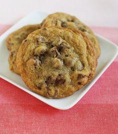 NUTELLA STUFFED CHOCOLATE CHIP COOKIES!Nutella-stuffed chocolate chip cookies - enough said!