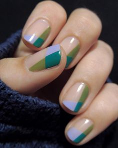 So fresh and so clean! This Spring nail art is giving us life.  // : Justyna (Pinterest) #Inspo