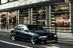 BMW E39 5 series black deep dish