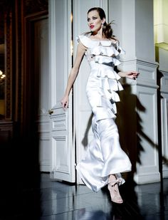 NIEVES ALVAREZ: Flash Forward Style: HAUTE COUTURE