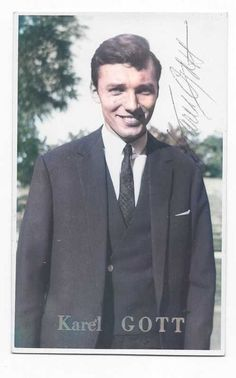 Karel Gott, Rest In Peace, Suit Jacket, Breast, Celebrity, Suits, Jackets, Fictional Characters, Fashion