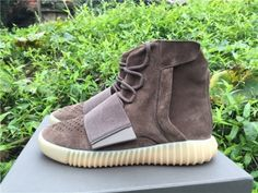 Authentic Yeezy 750 Boost Brown