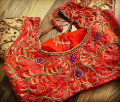 Orange Saree, Orange Blouse, Indie, Bollywood, Bridal Blouse Designs, Balenciaga City Bag, Saree Blouse, Silk Sarees, Color Combinations