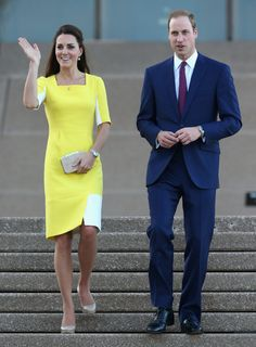 Prince William, Duke of Cambridge and Catherine, Duchess of Cambridge greet the crowds of public outside Sydney Opera House on April 16, 2014 in Sydney, Australia
