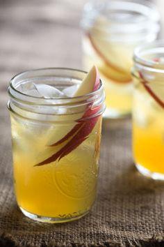 spiked caramel apple cider - Jelly Toast