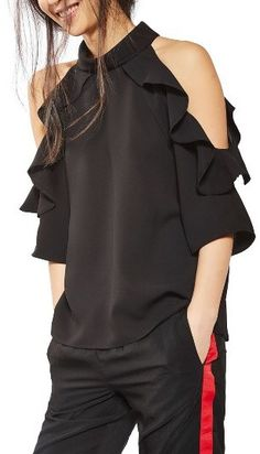 Women's Topshop Ruffle Cold Shoulder Top