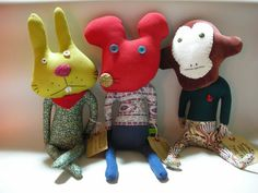 """Stuffed toy L size (with eco bag) ¥ Each stuffed toy brand """"BOBBY DAZZLER"""", created by two designers living in London, will open a limited-time shop . Plush Dolls, Doll Toys, Misfit Toys, Hand Puppets, New Dolls, Fabric Dolls, Softies, Handmade Toys, Textiles"""