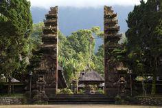 Pura Luhur Batukaru, Penebel, Indonesia