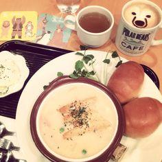 [2014/03/14]    しろくまカフェでランチʕ•̀ω•́ʔ✧    シロクマ・グリズリーの思い出しちゅー ¥945    シロクマカプチーノ ¥500      @しろくまカフェ