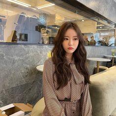 Wjsn Luda, Cute Japanese Girl, Cosmic Girls, Ulzzang Girl, Hair Looks, Korean Singer, Korean Girl Groups, Kpop Girls, Asian Beauty