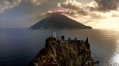 #isoleeolie #stromboli #strombolicchio Southern Italy, Mount Rainier, Coastal, Beautiful Places, Mountains, Amazing, Water, Facebook, Places